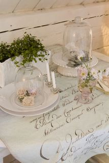 French script table