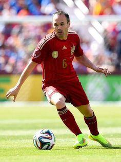 ef8471054 Andres Iniesta  spain  soccer  worldcup2014 Soccer Guys