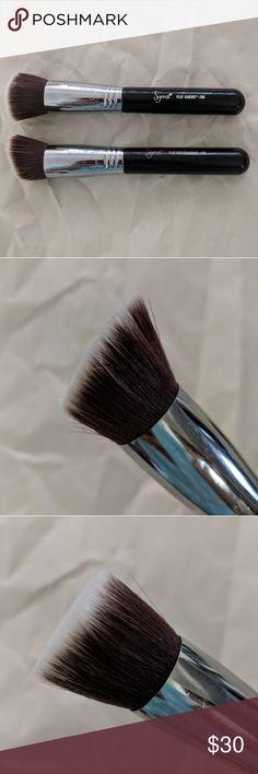 Sigma brushes in F80 and F88 F80- Kabuki brush F88- angled Kabuki brush Both have been used and washed Makeup Brushes & Tools
