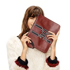 Women's Handbags | Hobos, Shoulder Bags, Purses, Totes, Clutches, Wallets, Satchels, and Leather Goods | Tommy Hilfiger USA