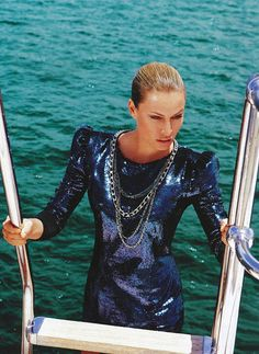 Model Kristy Hinze in Balmain dress aboard her and her billionaire husband's 90 metre yacht Athena. Photographed by Nick Leary with fashion editor Victoria Collison for Vogue AU Yacht Fashion, Paris Fashion, Fashion Show, Pool Fashion, Fashion 2015, Blue Fashion, High Fashion, Patrick Demarchelier, Helena Christensen