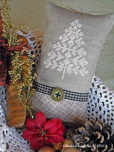Christmas tree cross-stitch
