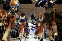 Dallas Cowboys Cheerleaders enter the field