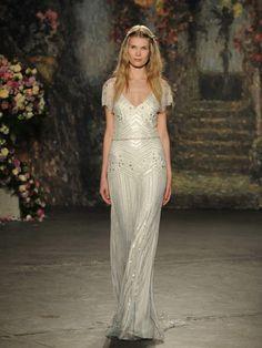 Jenny Packham's (SS 2016) #NYBW #weddingdresses #vestidodenovia #tendenciasdebodas