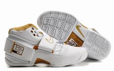 88ce925caf1d Air Foamposite Nike Zoom Lebron White Gold  Nike Zoom Lebron - Gold accents  let the Nike Zoom Lebron White Gold shoes look extremely fascinating.
