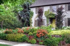 beautiful yards | Renovation solutions: Well-landscaped yard boosts value | Deseret News