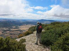 Arriba del #SierraLokiz  en el #ParqueNaturalLokiz #TurismoNavarra  #EstellaLizarra  #TurismoEstella  #ValleMetauten   http://www.casaruralnavarra-urbasaurederra.com