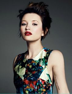 Google Image Result for http://4.bp.blogspot.com/-rSad-n3s4Ac/Th0RCmpD3EI/AAAAAAAAF_0/BRfzugleIhc/s1600/emily_browning_short_hair.jpg