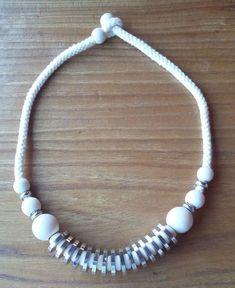 Aarikka Finland VTG Chunky Necklace White Wood Beads Silver Toned Beads #Aarikka #Beaded