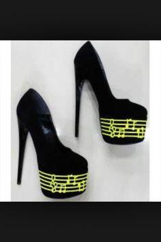 notalı ayakkabı