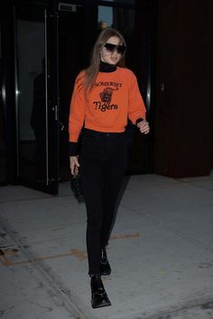 Gigi Hadid Heading To Stainer Studio In New York