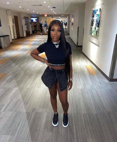 Dope Outfits, Shirt Dress, T Shirt, All Black, The Selection, High Fashion, Chill, Fitness, Pretty