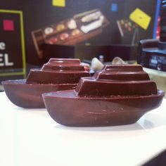 Inspired by the Star Ferry, Christophe Roussel created these ferry chocolates for Hong Kong. Christophe Roussel, Star Ferry, Chocolate Fondue, Chocolates, Hong Kong, Trail, Pudding, Inspired, Desserts