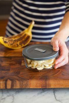 Πώς να φτιάξετε παγωτό με ένα μόνο υλικό!   Toftiaxa.gr - Φτιάξτο μόνος σου - Κατασκευές DIY - Do it yourself