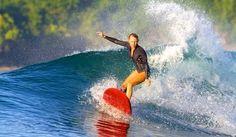 Surffaus eli liiketoiminnan johtaminen on elämäntapa, josta pitää saada kiksit joka päivä jotta sen eteen jaksaa tehdä työtä kunnes se täydellinen aalto tulee ja sen saa kiinni. Menestys vaatii enemmän kuin kellokortin. Se vaatii asennetta, sitoutumista ja tiett...