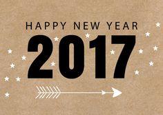 Moderne nieuwjaarskaart met kraftprint en jaartal, verkrijgbaar bij #kaartje2go voor €1,89