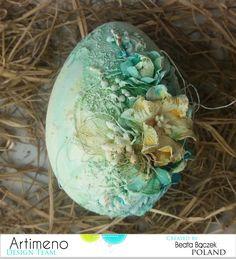 Witajcie! Tak jest, nadszedł dla mnie dzień próby, mam tremę, ale...do boju. Oto moja pierwsza inspiracja dla Was. Jako, że moją najno... Decoupage, Egg Shell Art, Dragon Crafts, Bottle Charms, Faberge Eggs, Altered Bottles, Egg Decorating, Egg Shells, Easter Crafts