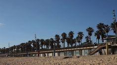 El Port Olímpic de Barcelona és un port esportiu que està situat davant de la La Vila Olímpica del Poblenou, entre les platges de la Barceloneta. El Puerto Olímpico de Barcelona es un puerto deportivo que está ubicado frente a la Villa Olímpica, entre las playas de la Barceloneta y Nova Icària, en el distrito de Sant Martí. The Port Olímpic is a marina located in Barcelona, Catalonia. Located east of the Port of Barcelona | Rosti Restaurant | Lugar: c/ Ramón trias fargas, 2