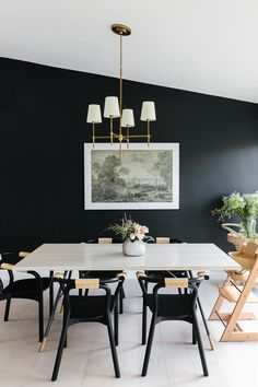Lostine's Brandywine Dining Table in Anna Bond's Black-and-White Florida Home