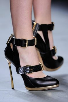 Prabal Gurung RTW Fall/Winter 2013 New York