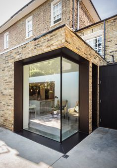 Large glass insertion in extension by Martyn Clarke Architecture House Extension Design, Extension Designs, Glass Extension, Roof Extension, Single Storey Extension, Property Design, Architecture Details, Windows Architecture, House Extensions