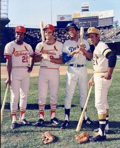 July 1971 at Tiger Stadium: 1971 All star Pregame, left to right, Lou Brock, Joe Torre, Willie Davis and Roberto Clemente. St Louis Baseball, Pirates Baseball, Baseball Star, Cardinals Baseball, Baseball Cards, Baseball Classic, Baseball Posters, Famous Baseball Players, Mlb Players