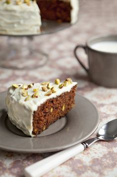 Cook Me Tender: Spicy carrot and pistachio cake