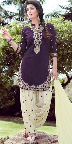 Exotic Purple And Off-White Cotton Patiala Suit. Pakistani Dress Design, Pakistani Outfits, Indian Outfits, India Fashion, Suit Fashion, Fashion Outfits, Punjabi Fashion, Kurti Neck Designs, Dress Neck Designs