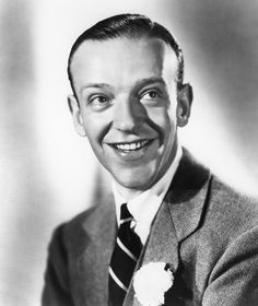 1930s Men's Hairstyles in Pictures: Clark Gable, Fred Astaire + More