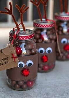 Make Christmas gifts yourself - 40 ideas for personal Weihnachtsgeschenke selber basteln – 40 Ideen für persönliche Geschenke Make Christmas gifts yourself – 40 ideas for personal gifts - Christmas Mason Jars, Christmas Time, Christmas Ideas For Gifts Diy, Homemade Christmas Gifts Food, Creative Christmas Presents, Christmas Decorations For Kids, Reindeer Christmas, Handmade Christmas Gifts, Christmas Quotes