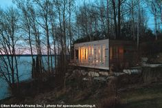 Space Cool Hunting - SUNSET CABIN by TAYLOR_SMYTH ARCHITECTS