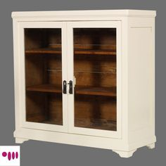Shabby Chic display cabinet by Atelier myArtistic... read more: http://mobilishabbychic.blogspot.it/2012/03/vetrina-shabby-chic-showcase-cabinet.html