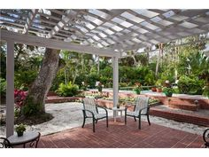 patio shade, love everything, including landscaping