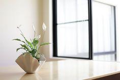 wavy porcelain vase