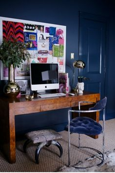 office space of the day…nailing navy - The Decorista