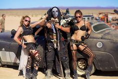 Wasteland Weekend 2013 - Costumes, cars, sand and fun