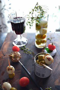 オリーブ瓶にマスタードと缶うずら : 元バーテンダーの簡単家バルレシピ  金魚の肴 青山金魚