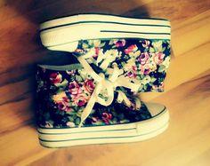 Papucei cu floricele si cu toc