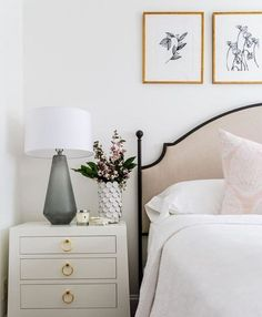 Love the thin black border on the headboard. Adds just the right amount of contrast.