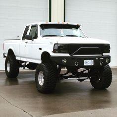 Lifted F150 | 90s trucks
