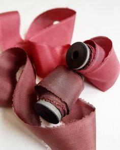 Марсала и вино Скидка 20% действует на все ленты при заказе на сайте alenakubik.ru #alenakubik #silkribbon #silkribbons #шелковыеленты