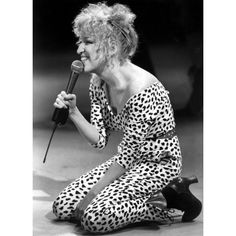 See this and similar background - Bette Midler is seen in performance in a concert filmed in 1970 at the Pasadena Civic Auditorium. Midler dons outrageous costu. Divas, Bette Midler, Astro, Celebs, Celebrities, American Singers, Role Models, Comedians, Actors & Actresses