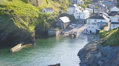Lovely harbour views at Portloe, Cornwall #cornwall #portloe