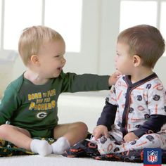 NFC rivalries start young! Gerber shares some adorable NFL players in the making.
