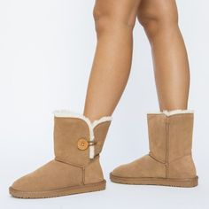 Cizme Dama UG Ieftine Online Bearpaw Boots, Ugg Boots, Uggs, Shoes, Fashion, Moda, Zapatos, Shoes Outlet, Fashion Styles