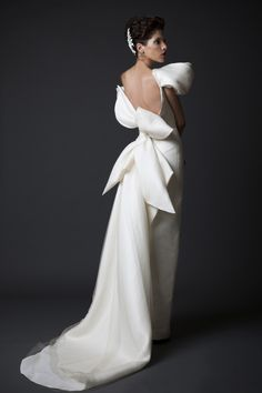 Krikor Jabotian 2015 wedding collection: white backless gown