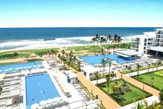 #BackToSchool Special SRI LANKA 🇱🇰  Wonderful Sri Lanka with it's wild coast line, wildlife and endless sights to see. Stay on west coast on Ahungalla beach at the ALL INCLUSIVE Riu Sri Lanka for 10 nights.   €1485pp departing in July including food & drink, flights & transfers. Flexible Promise Included. Conditions apply.  As always other dates dates available. Price based on family of 4. Drop me a line for other options or more information!😇 Family Of 4, All Inclusive, Sri Lanka, West Coast, Back To School, Wildlife, How To Apply, Beach, Dates