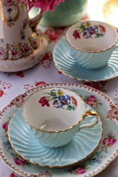 🌟Tante S!fr@ loves this📌🌟Aiken House & Gardens: Preparing for the Vintage Tea Party .
