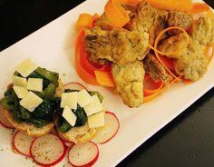 Bruschette con bietole e grana e baccalà fritto. 😍