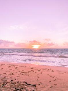 Kailua Sunrise - Oahu, Hawaii Hawaii Tours, Hawaii Vacation, Oahu Hawaii, Sunrise Colors, Hawaiian Sunset, Pretty Sky, Sunset Pictures, Photo Diary, Cute Wallpapers